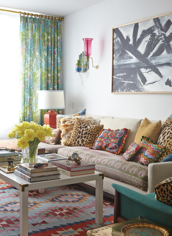 21 Modern Living Room Decorating Ideas: Creating A Modern Mix: A Q&A With Eddie Ross